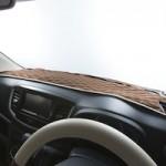 車のダッシュボードはマットでカスタム!人気の中から厳選しおすすめのダッシュマットを紹介!