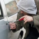 車の盗難にはグッズで対策を!盗難防止にはセキュリティが人気?