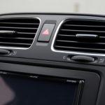車のエアコンが効かない原因は?クーラーの修理費用は高いの?