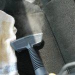 車のシートを洗浄する方法!自分でするやり方や業者に頼んだ場合は?
